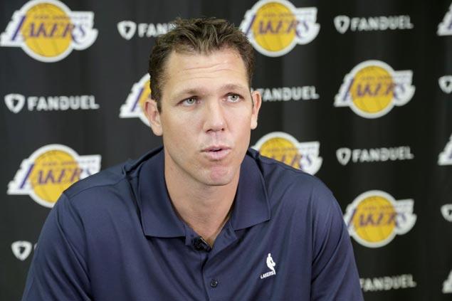 Luke Walton yet to name starters as Lakers set to open preseason in post-Kobe Bryant era