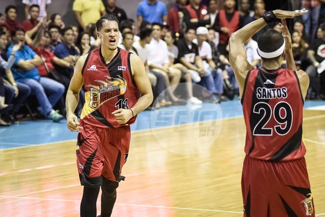 Arwind Santos consoles self with latest #Swakwords after San Miguel setback