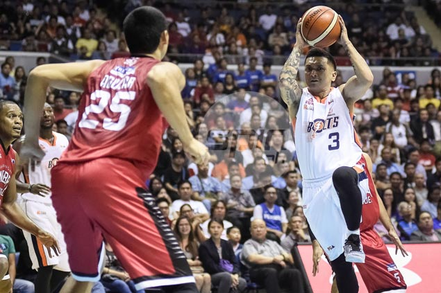 Meralco steals Game One from Ginebra in overtime behind Alapag, Durham heroics