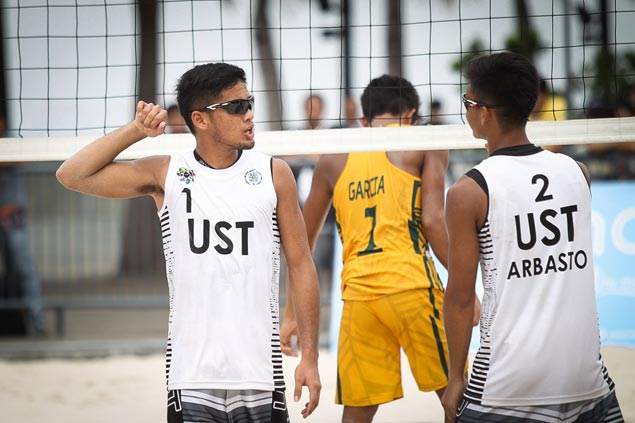 UST's KR Guzman and Anthony Arbasto complete sweep of UAAP beach volleyball tournament