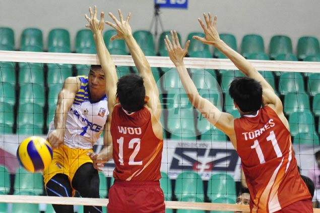 Air Force battles back from a set down to ground Cignal in Spikers Turf