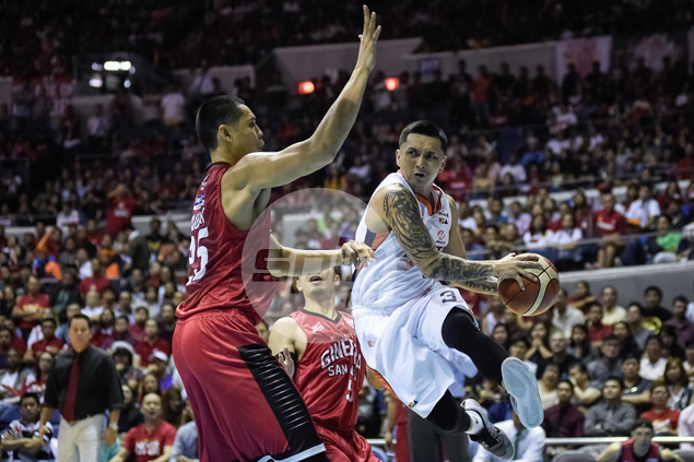 Timely Alapag, Hugnatan three-pointers lift Meralco past Ginebra in Game 3