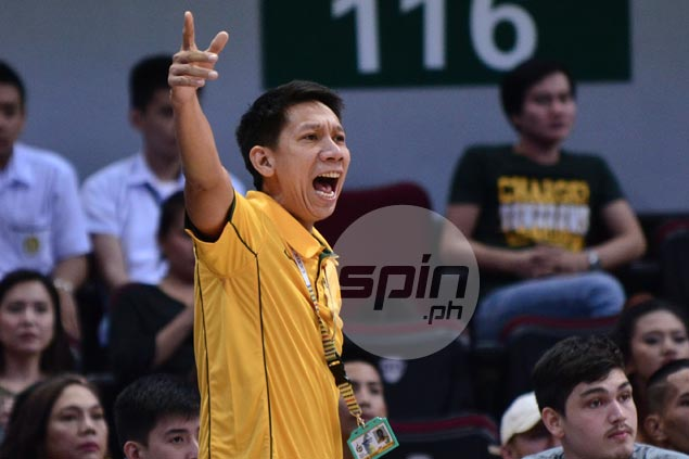 FEU coaches anxious as streaking Tamaraws turned complacent, selfish vs lowly Tigers