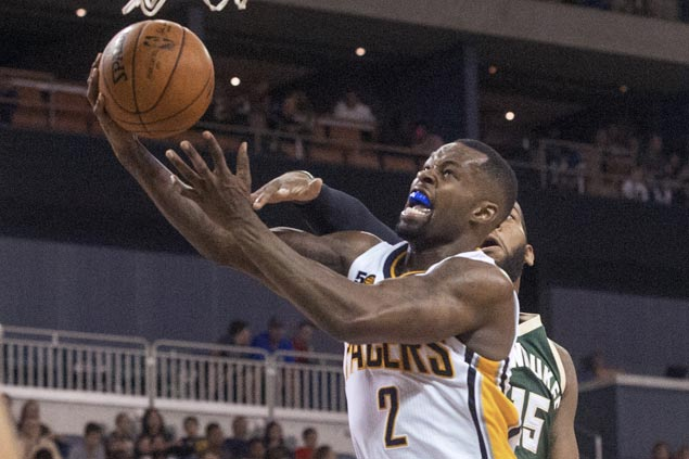 Pacers take lead early and cruise to victory, hand Bucks first loss of preseason
