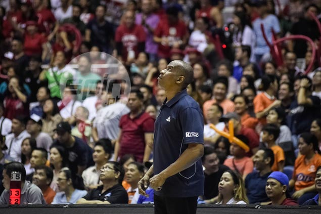 Black says fielding hurting Jimmy Alapag in middle of Ginebra run 'not worth the risk'