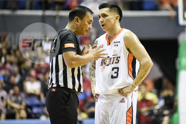 Jimmy Alapag believes Sol Mercado traveled, but refuses to dwell on crucial non-call