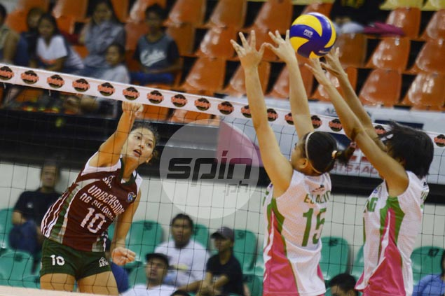 UP Lady Maroons snap skid with four-set victory over Laoag Power Smashers