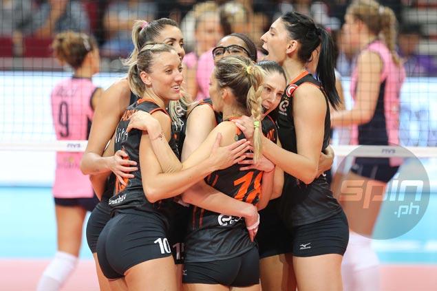 Defending champion Eczacibasi-Vitra Istanbul makes short work of Pomi Casalmaggiore