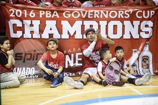 LOOK: LA Tenorio celebrates championship with two kids; third one is on the way