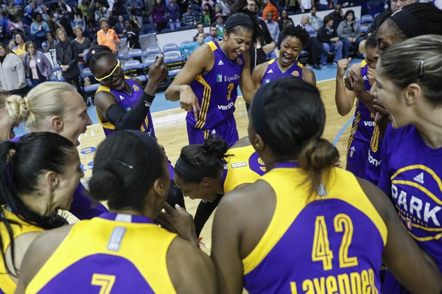Nneka Ogwumike's game-winner leads LA Sparks to dethrone Minnesota Lynx, claim WNBA crown