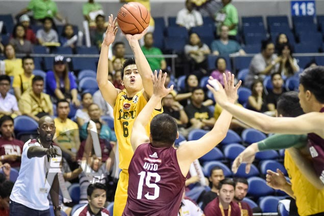 FEU Tamaraws survive sluggish start to beat UP Maroons and stretch win streak to seven games