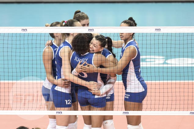 Brazilian club edges Japanese team in battle for fifth place in FIVB world meet