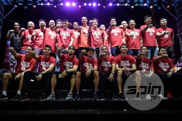 Newly crowned champ Ginebra gives back with thanksgiving party for kabarangays