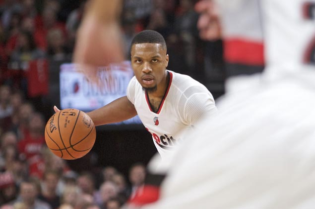 Damian Lillard outduels Joe Johnson as Blazers rally back to stun Jazz in thrilling opener