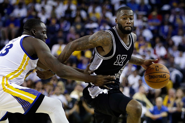 Gem of a Spur Jonathon Simmons once paid $150 for chance to try out in NBA D-League