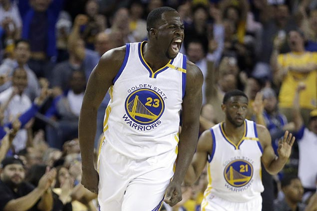Draymond Green throws jab at Cleveland with tweet after Indians blow 3-1 World Series lead