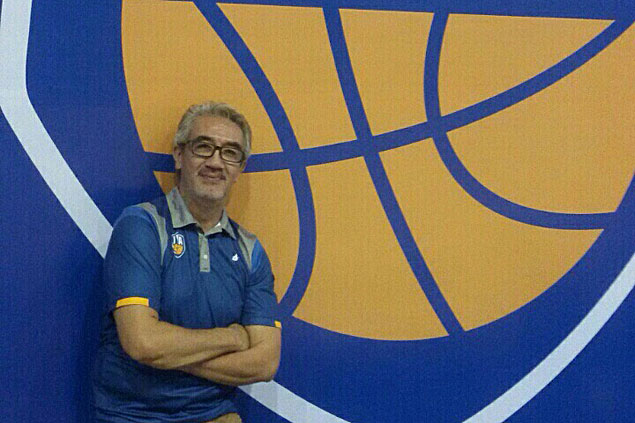 Commissioner of Vietnam pro league is former Letran Knights star Tonichi Pujante