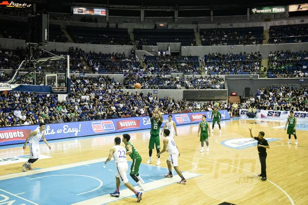 Believe it or not, huge number of seats empty for La Salle-Ateneo match