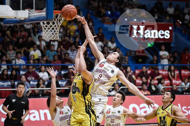 Noah Webb lives up to family trademark, provides boundless energy to UP Maroons