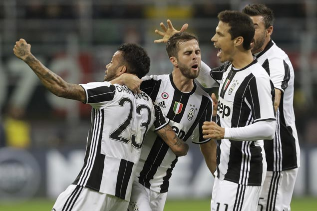 Miralem Pjanic boots in winner as Juventus grinds out win against Chievo in Serie A