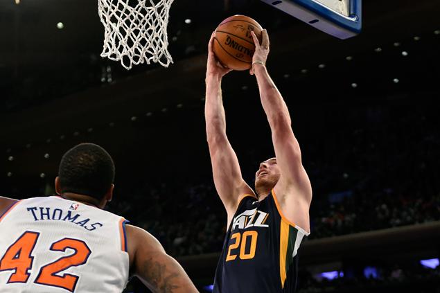 Gordon Hayward makes winning debut in return from injury as Jazz rallies past Knicks