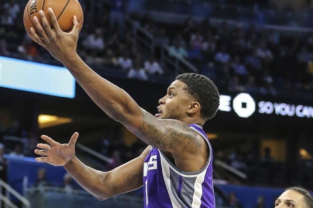 Kings use strong second half to break out of four-game slump and snap Raptors three-game win run