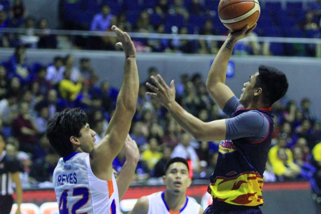 Rob Reyes joins Mahindra as revised deal seals Bradwyn Guinto move to NLEX
