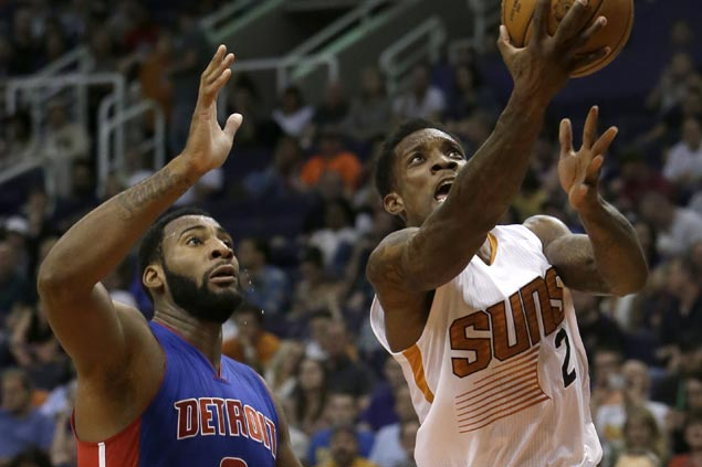 Phoenix rallies past Detroit to snap two-game skid, keep Pistons winless on the road