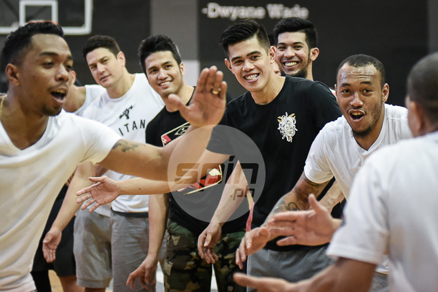 Alaska holds team-building session on eve of crucial matchup against Phoenix