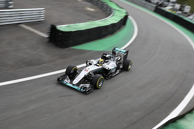 Hamilton on pole, Rosberg second in starting grid of Brazilian Grand Prix