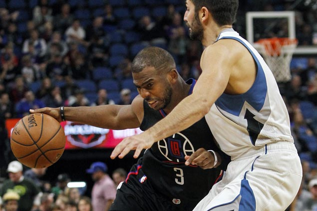 League-leading Clippers down Timberwolves to stay unbeaten on the road