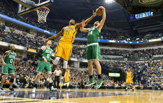 Celtics recover from sluggish start to beat Pacers and notch second straight victory
