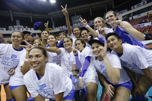 Pocari Sweat holds off Customs fightback to win second straight V-League title
