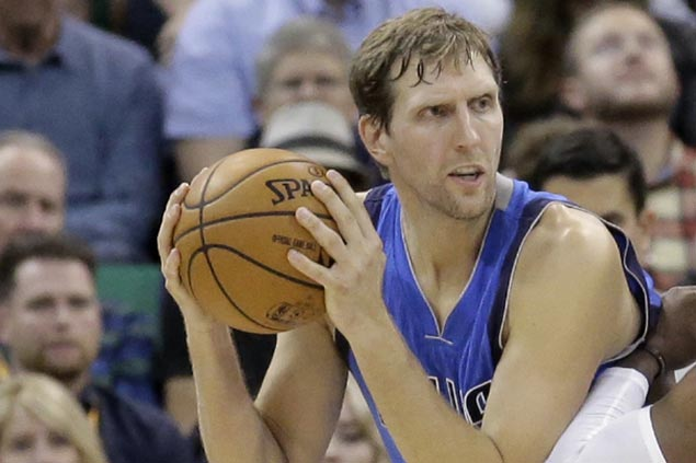 Slide continues but Mavericks not rushing Dirk Nowitzki's return to action