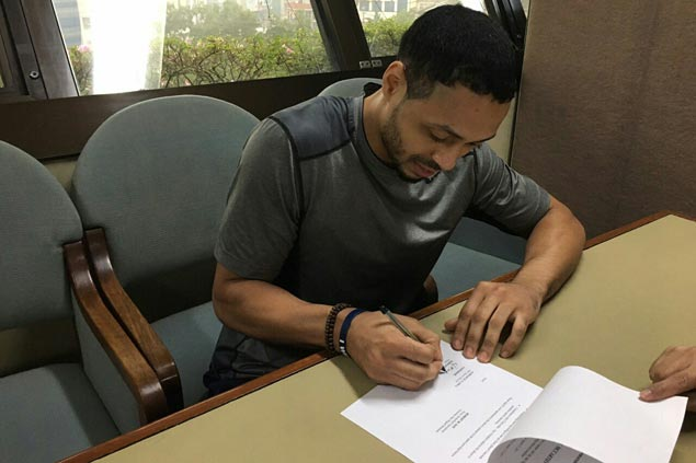 McCarthy signs one-year deal as PBA clarifies number of Fil-foreigners in SMB lineup