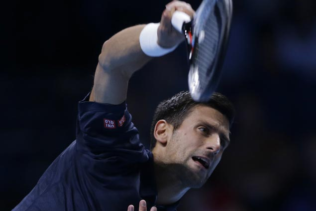 Novak Djokovic gains semifinals in London, in position to retake No. 1 ranking from Andy Murray