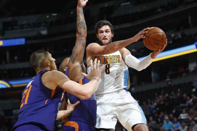Nuggets end four-game slide, bag first home win of the season with romp over sinking Suns