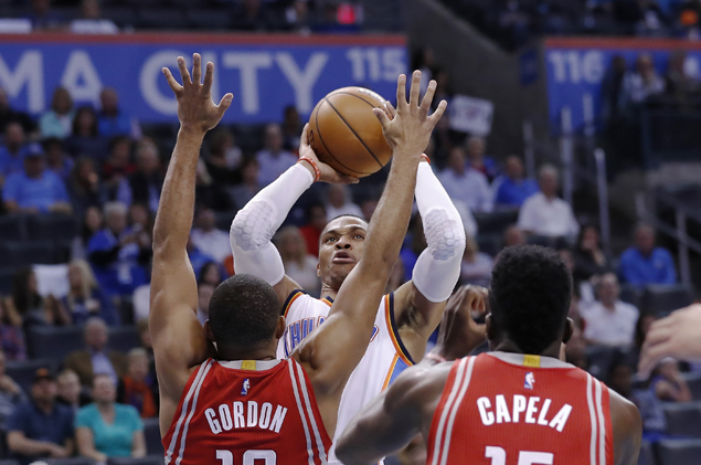 Westbrook caps OKC rally as Thunder squeaks past Rockets to snap four-game slump