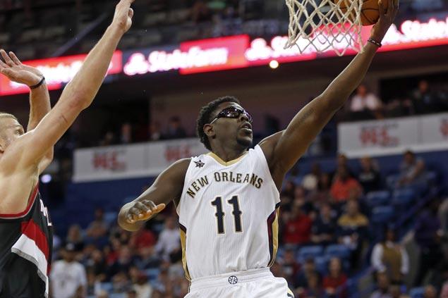 Pelicans take down slumping Blazers in winning season debut for Jrue Holiday