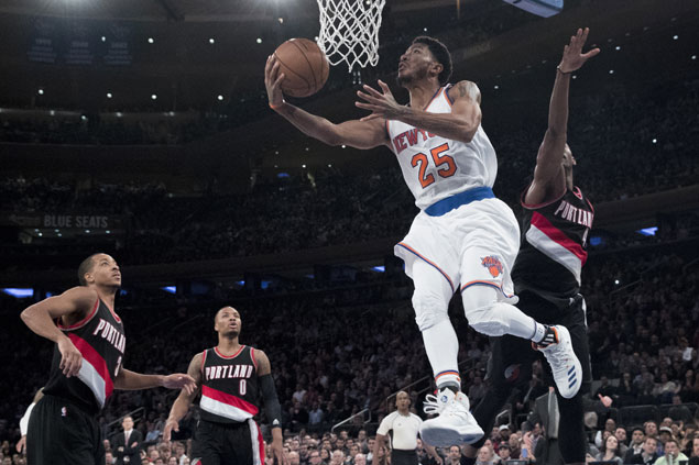 Derrick Rose hits the big endgame baskets as Knicks down Blazers for fifth straight home win