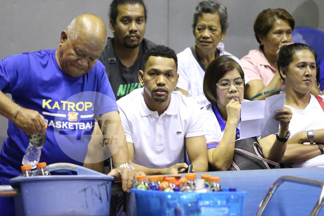 Stand-in coach Josh Reyes says TNT musn't be overdependent on Jayson Castro