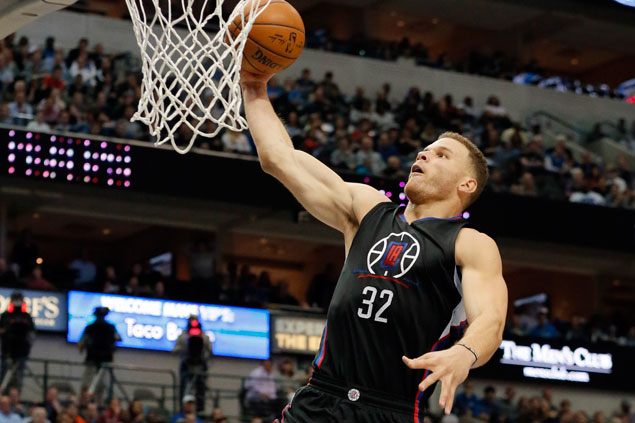 Clippers win fourth in a row, deal Mavs seventh straight loss in matchup of NBA's best and worst