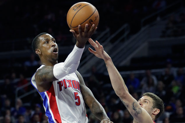 Pistons end four-game slide and send Heat to second straight loss