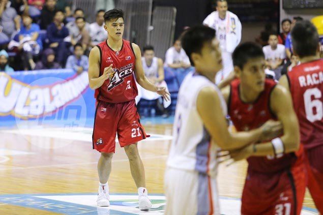 Alaska rookie Carl Bryan Cruz makes most of opportunity in Abueva, Thoss absence