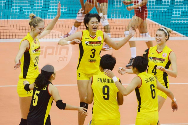F2 Logistics runs over weak Cignal to book place in Super Liga GP semis