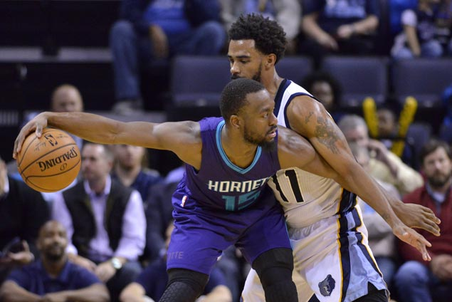 Hornets take control early and cruise to victory over Grizzlies