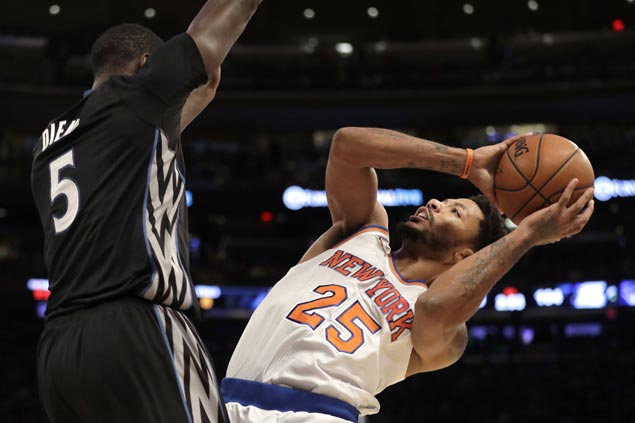Knicks blow late lead but recover in time to escape with a win over slumping Timberwolves
