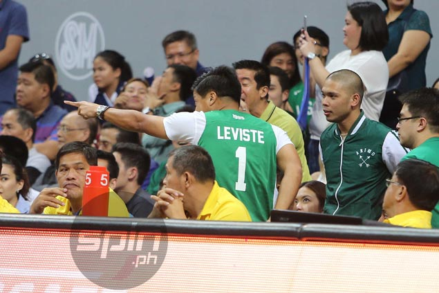 Commotion behind Ateneo bench involving Mark Leviste mars UAAP finals opener