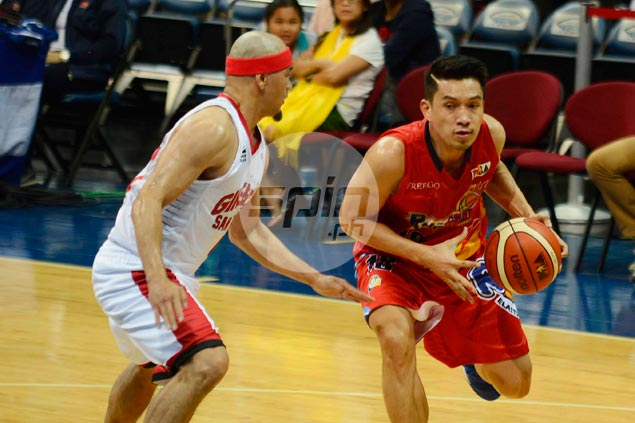 Mark Caguioa earns Cone praise for keeping up with hot-shooting James Yap