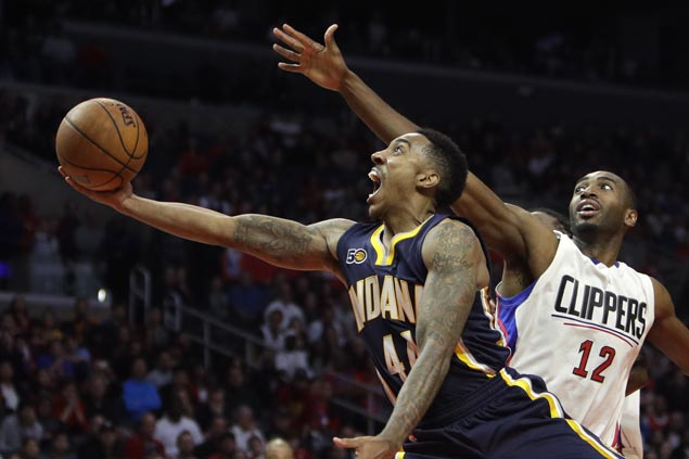 Pacers overcome slow start to beat Clippers and even record